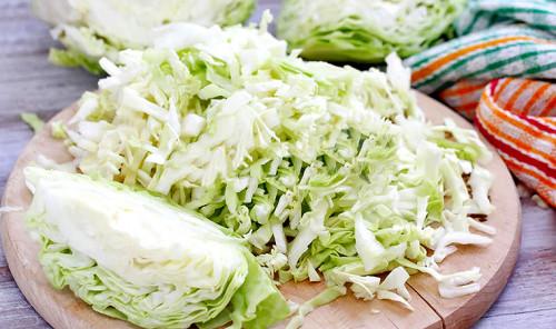 Три простых салата из свежей капусты