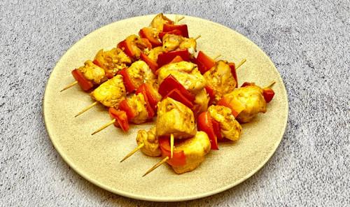 Куриные шашлычки с болгарским перцем в духовке