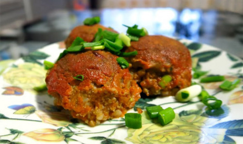 Тефтели из гречки в томатном соусе
