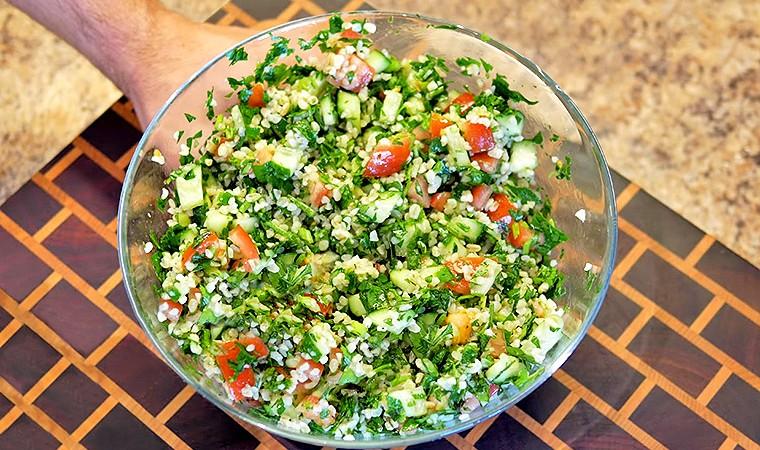 Диетический салат с булгуром
