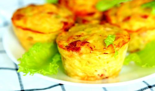 Закуска из кабачка с ветчиной и сыром