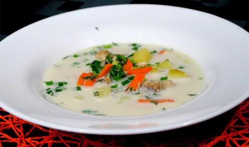 Сливочный суп с осетриной