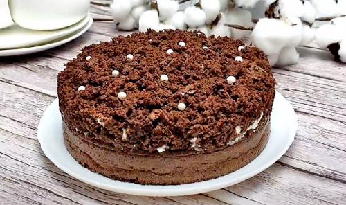 Шоколадный торт с бананом «Норка крота»