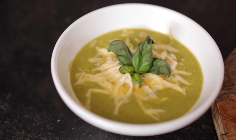 Суп-пюре с куриным филе и брокколи