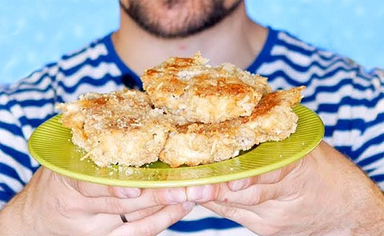 Филе куриного бедра в панировочных сухарях в духовке