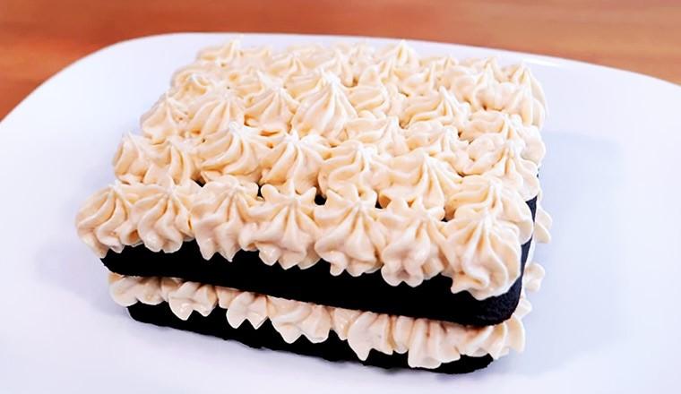 Шоколадный торт с бананами в микроволновке