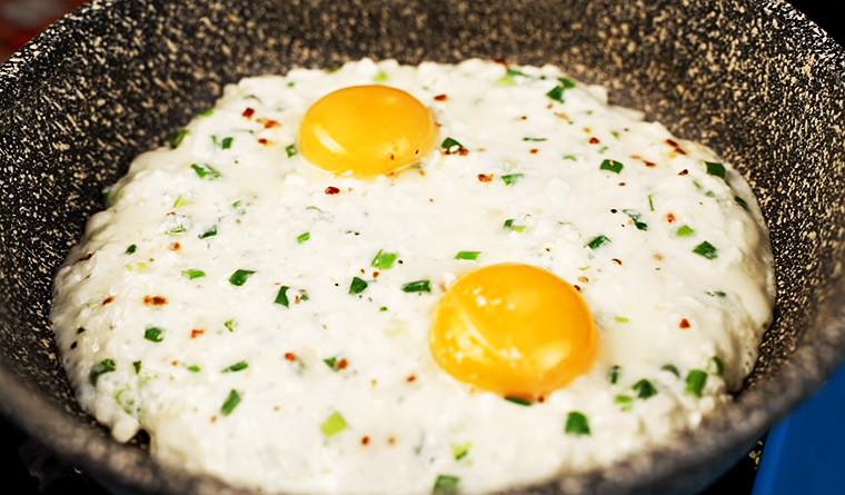 Смаженица с яйцами