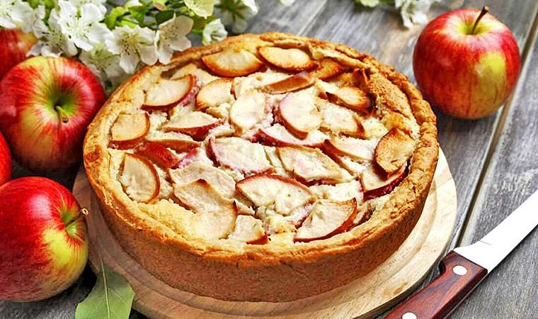 Яблочный пирог - подборка низкокалорийных рецептов