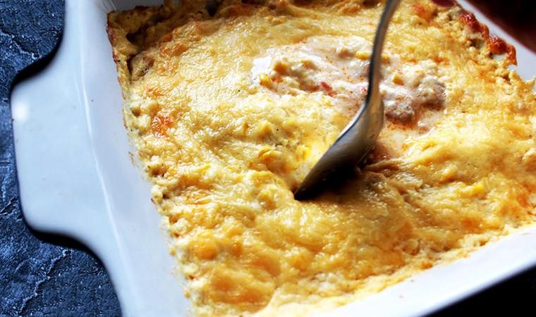 Запеканка с индейкой, сыром и кукурузой