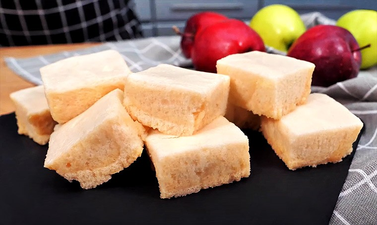 Десерт из детского яблочного пюре и желатина