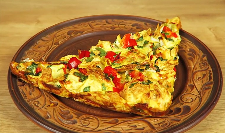 Ленивый пирог из лаваша с сыром и овощами