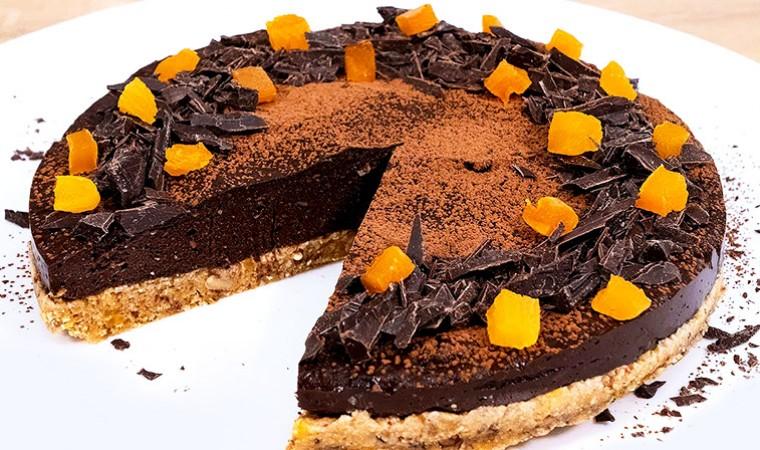 Фруктово-шоколадный торт без выпечки