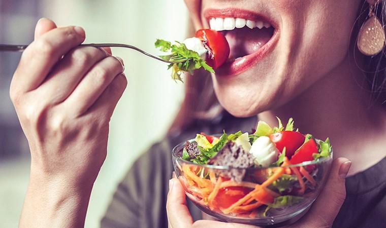 Подборка рецептов полезных салатов на ужин